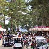 Quá tải, nhiều du khách phải tìm nhà nghỉ cách Đà Lạt 30km