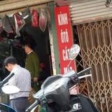 """""""Sờ gáy"""" loạt cửa hàng tại chợ phụ tùng ô tô Hà Nội...chỉ thu được đồ phế thải"""