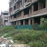 Xử phạt bán, găm giữ nhà xây thô: Có chặn được biệt thự bỏ hoang?