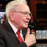 Warren Buffett: Mua cổ phiếu thì đừng nhìn giá