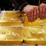 Giá vàng tiến gần đỉnh 13 tháng