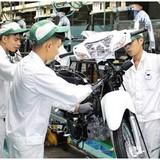"""Hết thời """"xưng vương"""", Honda chật vật tìm đường sinh tồn ở Việt Nam"""