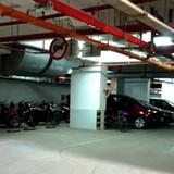 Địa ốc 24h: 10 tỷ đồng không mua nổi chỗ đậu xe, chuyện chỉ có ở Sài Gòn