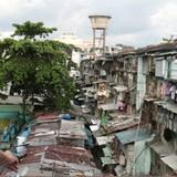 """Địa ốc 24h: Để dân """"cố thủ"""" trong chung cư cũ, nhà sập thì lãnh đạo cũng """"sập"""""""