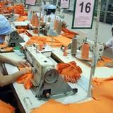 """""""Giật mình"""" về phí không chính thức xuất khẩu dệt may"""
