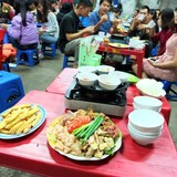 """Dân nhậu Việt ăn """"rác thải"""" của thế giới vẫn tấm tắc khen ngon"""