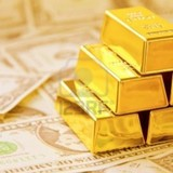 Vì sao nghỉ lễ, giá vàng tăng mạnh?