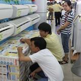 """Thị trường TP HCM """"nóng"""" với hàng điện lạnh"""
