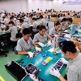 Cứ 100 nhân viên làm điện thoại Samsung thì có 80 người Việt