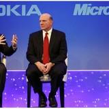 """Microsoft mua lại Nokia: Thương vụ làm ăn """"hớ"""" nhất mọi thời đại"""