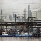 Doanh nghiệp thế giới phải đền bao nhiêu tiền vì gây ô nhiễm