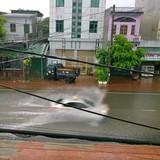 Quảng Ninh: Nhiều địa phương chìm trong biển nước sau cơn mưa lớn