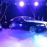 Bán 1 xe Rolls-Royce, lãi 12 xe Camry, bí mật sau ma trận giá ôtô tại Việt Nam