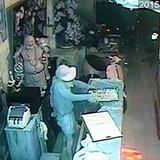 Lật tẩy thủ đoạn của băng trộm tiệm vàng gây chấn động miền Tây