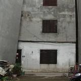 """Phát hiện thêm một ngôi nhà nghiêng như """"tháp Pisa"""" ở Hà Nội"""