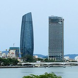 Công ty Trung Quốc lắp phần kính tòa thị chính Đà Nẵng?
