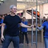 """Tim Cook: """"Chưa có sản phẩm nào thay thế được iPhone"""""""