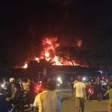Cháy chợ huyện Hương Khê, thiêu rụi hoàn toàn cả trăm kiốt