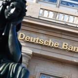 Deutsche Bank: Khi gã khổng lồ lúng túng