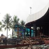 Tháo dỡ nhà hàng chắn biển Nha Trang