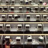 Ngân hàng Hà Lan chi 2 tỷ USD thay hàng ngàn nhân viên bằng máy