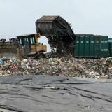 TP.HCM sẽ lắp thiết bị giám sát hành trình trên tất cả các xe chở rác