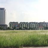 """Chuyện lạ Hà Nội: Thị trường tăng tốc, đại gia """"ôm"""" đất vàng """"ngồi im"""""""