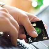 Thẻ tín dụng - công cụ quản lý tài chính của người tiêu dùng trẻ