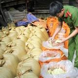 Bắt 10 tấn măng tre ngâm hóa chất Trung Quốc