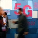 LG hợp tác Intel phát triển công nghệ 5G cho xe hơi