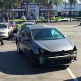 Chủ xe Volkswagen lột sạch đồ trước khi bán lại cho hãng