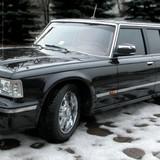 """""""Soi"""" siêu xe sản xuất cho Tổng thống Putin có giá 1,2 triệu USD"""