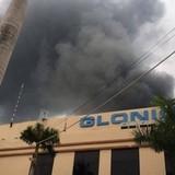 Thái Nguyên: Khu công nghiệp cháy lớn, công nhân hoảng loạn
