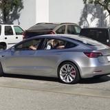 Tesla Model 3 lộ diện trên đường chạy thử