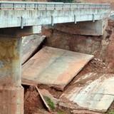 Công trình hơn 700 tỷ ở Nghệ An chưa xong đã sạt lở, nứt toác