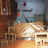 Công trình cao ốc sụt lún gây sập tường nhà dân ở Sài Gòn