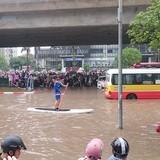 Chi hơn 8.000 tỷ đồng, Hà Nội cứ mưa lại lo ngập