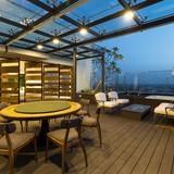 Penthouse triệu USD: Chỗ đắt khách, chỗ bán vội cắt lỗ