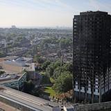 Nhà ở xã hội chìm trong biển lửa hé lộ phân hóa giàu nghèo trong lòng London