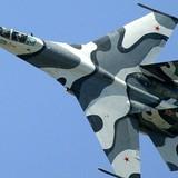 """Máy bay trinh sát Mỹ lại """"trêu ngươi"""" chiến đấu cơ Nga"""