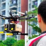 Dịch vụ giao hàng bằng máy bay không người lái bùng nổ ở Trung Quốc