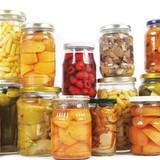 Èo uột thị trường trái cây đóng hộp