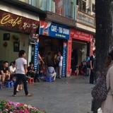 Quán xá Hà Nội vắng vẻ ngày đầu nghỉ lễ