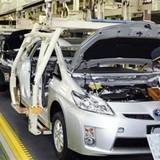 """Công nghiệp ô tô Việt Nam: Bao giờ hết cảnh """"nhịn miệng đãi khách""""?"""