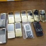 Bắt giữ hơn 900 chiếc điện thoại lậu giấu trong xe container