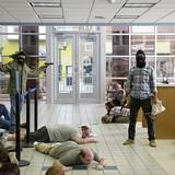 An Giang: Xông vào ngân hàng cướp tiền, bị bắt tại chỗ