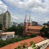 Chiêu thâu tóm đất vàng của đại gia Sài Gòn