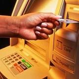 ATM gánh gần 30 loại phí: Sáng tạo để tận thu?