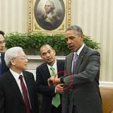 Tổng thống Mỹ Obama dùng smartwatch gì?