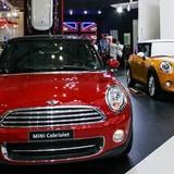 """Doanh nghiệp ôtô nhập khẩu """"ra riêng"""": Đừng mơ giảm giá xe"""